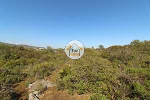 Terreno Rústico com 89640m2 em Moncarapacho