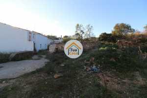 Moradia T5 para Reconstruir com Terreno Loulé