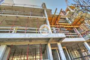 Apartamento T2 com Piscina Comum no Terraço - Em Construção