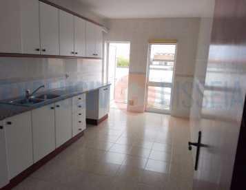Apartamento T3 em São Jacinto - Aveiro