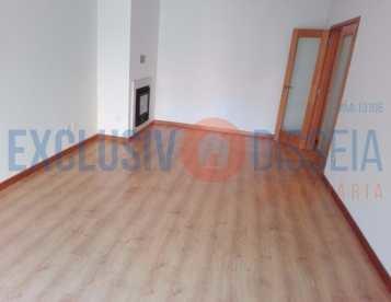 Apartamento T3 em Albergaria-a-Velha