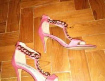 Sandálias rosa nº38