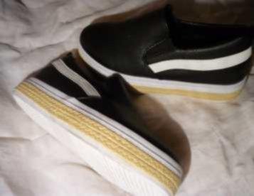 sapatos completamente novos - nunca usados - nº de pé ; 35
