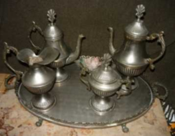 serviço de téte-à-téte em casquinha - com tabuleiro - uso somente decorativo