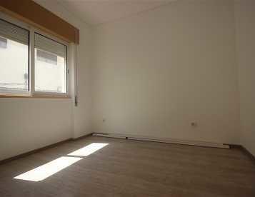 Apartamento T1 em Sesimbra