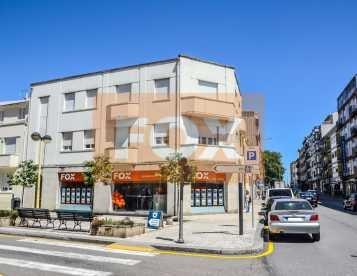 Prédio com rendimento - Centro do Porto